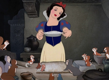 Snow-White-Baking-Pie1
